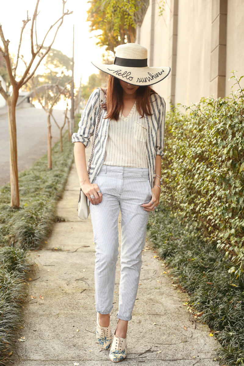 fashioncoolture-08-09-2016-look-du-jour-shoulder-striped-blazer-pandora-jewelry-5