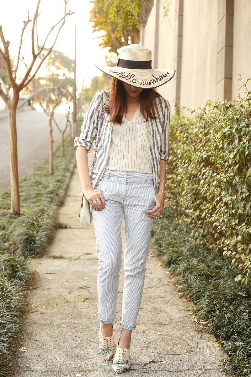 fashioncoolture-08-09-2016-look-du-jour-shoulder-striped-blazer-pandora-jewelry-5