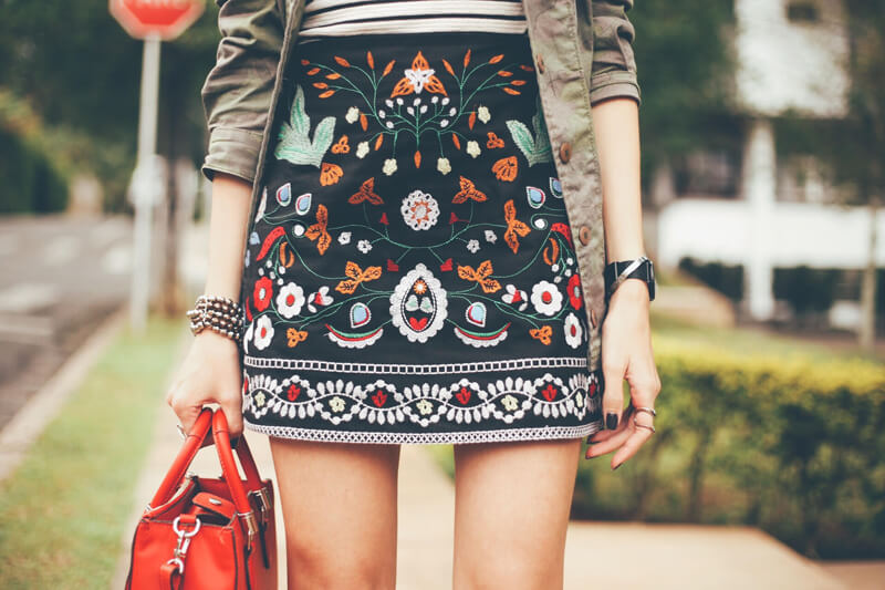 fashioncoolture-17-10-2016-look-du-jour-military-green-beaded-skirt-4 embroidered skirt