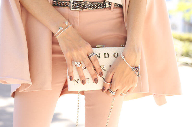 fashioncoolture-01-11-2016-look-du-jour-pandora-the-look-of-you-baby-pink-outfit-3