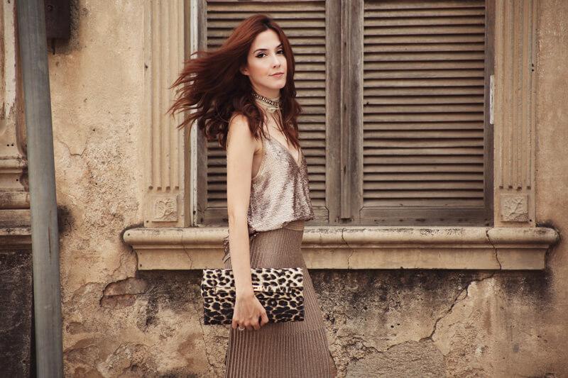 fashioncoolture-13-12-2016-look-du-jour-golden-sequined-top-and-skirt-shoulder-6