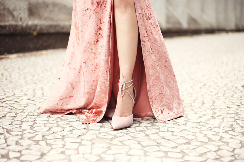fashioncoolture-14-12-2016-blush-pink-velvet-dress-6