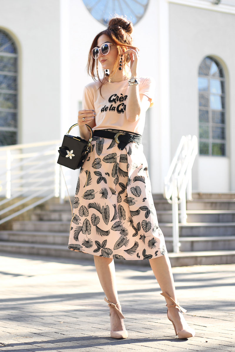 a32083683b8 Pink Midi Skirt and Tshirt Classic Look